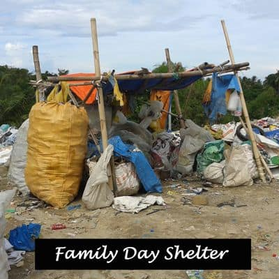 A day-time shelter for a family on the garbage dump.