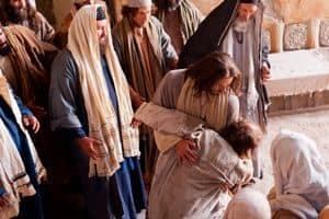 Jesus miraculously removes an unclean spirit