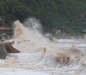 Storm waves: Do Son, Vietnam