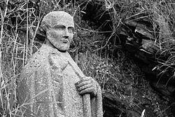 Image of statue of St Gildas