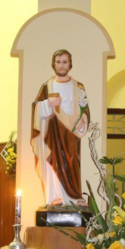 Image of statue of St Joseph