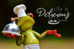 Frog Waiter